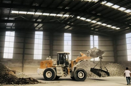 大结晶电熔镁砂生产车间